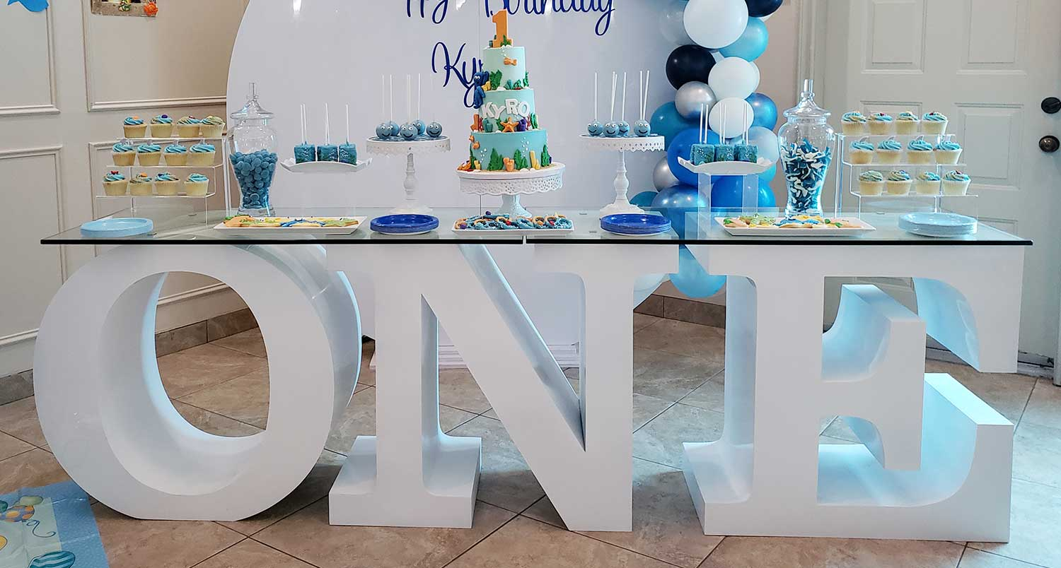 table-letters-one